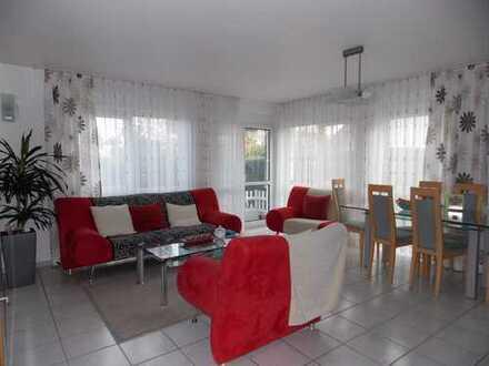 Schöne Vermietete Maisonette Wohnung in guter Lage von Hanau Steinheim