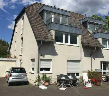 Hürth, traumhaft schöne, ruhige 2 Zimmer-Wohnung (79m²) über zwei Ebenen mit Balkon, neu renoviert