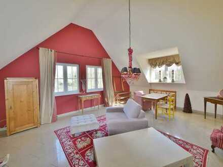 Traumhafte 2-Zimmer Dachgeschosswohnung in grüner Lage von Oberhaan