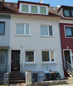 Renovierte 2-Zimmer-Wohnung in Woltmershausen