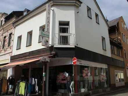 Wohn- und Geschäftshaus in der Fußgängerzone von Kirn