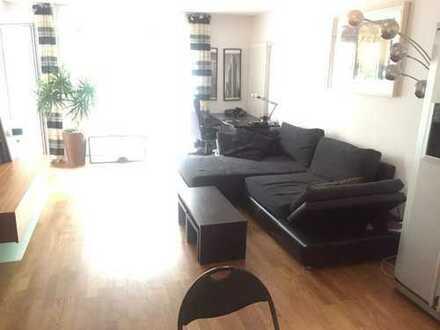 Stilvolle, möblierte 2-Zimmer-Wohnung mit Balkon und EBK in Ludwigsvorstadt-Isarvorstadt, München