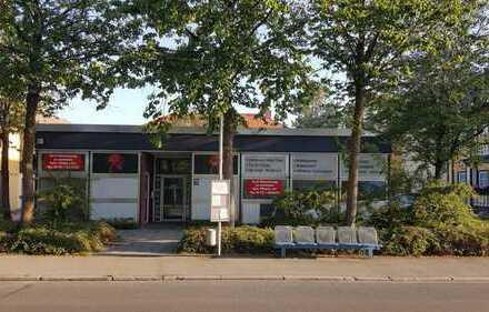 Ladenlokal im Zentrum Feldmochings! Ideal für Fitness, Gym, etc.