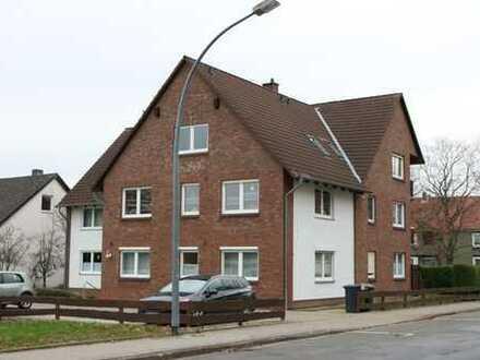 Vollständig renovierte 2-Zimmer-DG-Wohnung mit Einbauküche in Salzgitter-Gebhardshagen