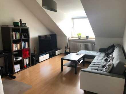 Toller Schnitt & tolle Lage - gemütliche 2-Zimmerwohnung in Braunsfeld sucht neuen Mieter