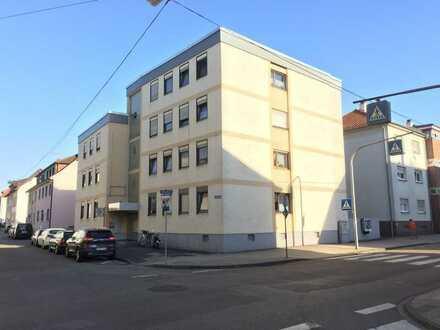 Sanierte 4-Zimmer-Wohnung mit Balkon in Bruchsal