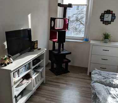 Süße 1-Zimmer-Wohnung mit Balkon!