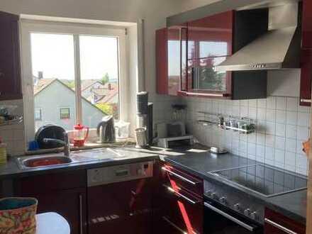 Gepflegte 3-Raum-Maisonette-Wohnung mit Balkon in Eisingen