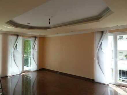 Anspruchsvolle/Komfortable 3-Zimmer Wohnung in gepflegter 6 Parteien Eigentumsanlage in St.Augustin