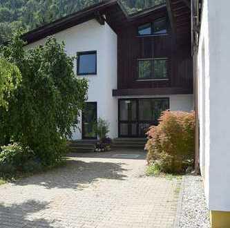 Multifunktionales Gebäude mit Gewerbeflächen, auch teilbar in Füssen