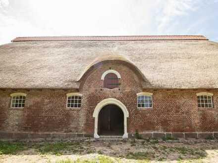 Historische Scheune auf Gut Rixdorf zur vielseitigen , auch geteilten Nutzung