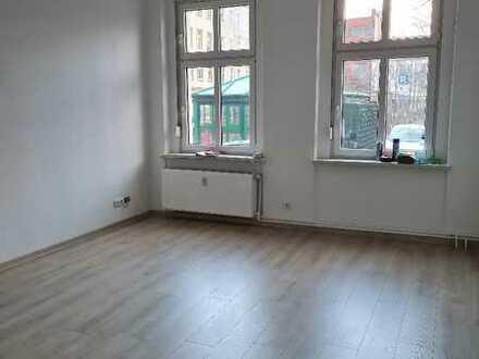 Sanierte 2 Raum-Altbauwohnung zum Wohlfühlen