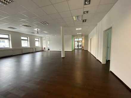 attraktive Büro/Geschäftsräume zu vermieten (neben Aldi)