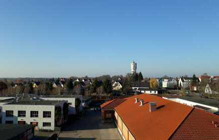 Frisch renovierte 3 Raumwohnung mit Balkon !