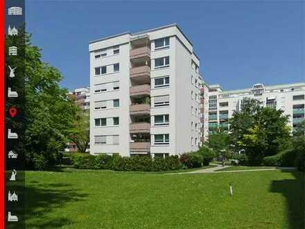 """Der perfekte Ort für eine Familie! Schöne, geräumige 3-Zimmer-Wohnung in den """"Wittelsbacher Höfen"""""""