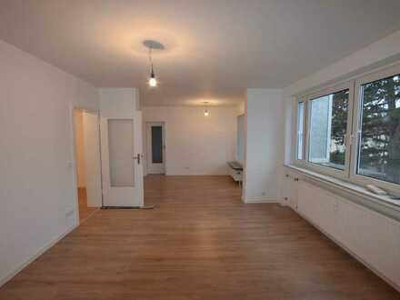 Frisch renovierte 4-Zimmerwohnung für Familien!