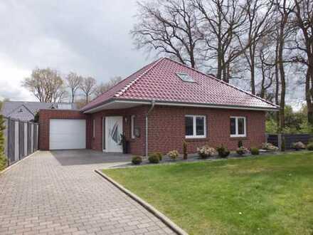 Schöner Walmdachbungalow mit sechs Zimmern in Emsland (Kreis), Herzlake