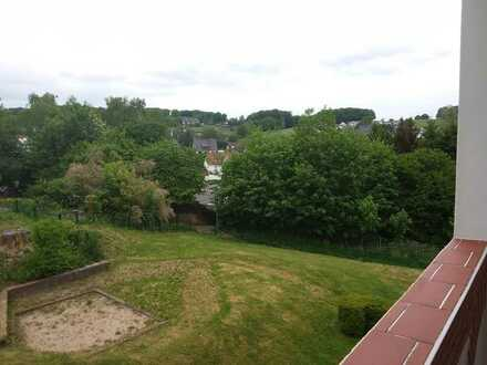 Vollständig renovierte 3,5-Zimmer-Wohnung mit Balkon in Büttenberger Straße, Ennepetal