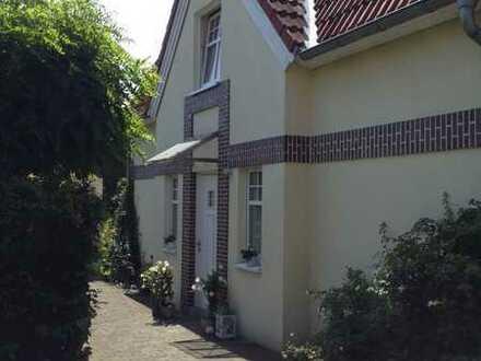 Polsum - Wunderschöne Doppelhaushälfte in attraktiver, zentraler Dorflage