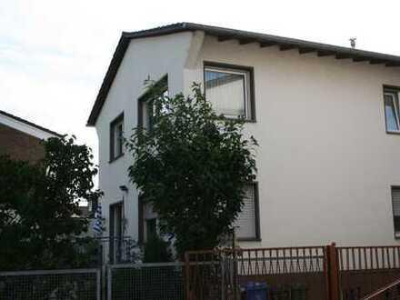 Gepflegte 3-Zimmer-Wohnung mit Balkon in Bonn