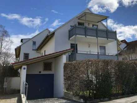 Attraktive Dachgeschoßwohnung mit großem Balkon