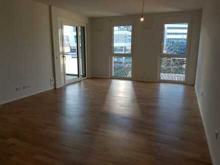 Erstbezug: stilvolle 2-Zimmer-Wohnung mit EBK und Balkon in Leonberg