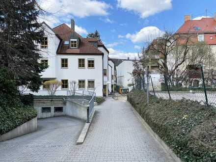 Ruhige & zentral gelegene 2-Zimmer-Wohnung mit Balkon in Augsburg, Göggingen
