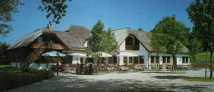 Bayrischer Landgasthof mit Brauerei und Biergarten am Ammersee