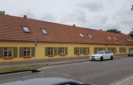 Schöne, vollständig renovierte 2-Zimmer-Maisonette-Wohnung zur Miete in Groß Kreutz (Havel)