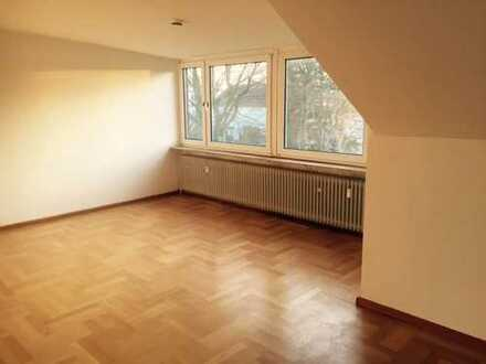Schön gelegene 1,5-Zimmer-Wohnung mit EBK in Bonn