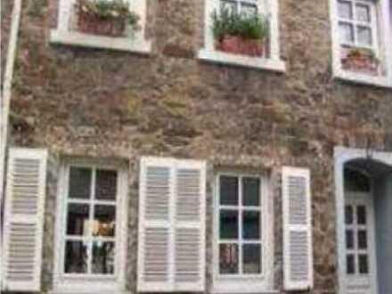 Attraktives und vollständig renoviertes 5-Zimmer-Reihenhaus zur Miete in Rheinbrohl, Rheinbrohl