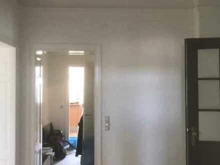 Großes Zimmer in 140 qm-Architekten-Wohnung