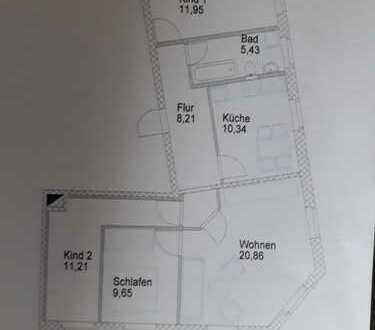 Erstbezug nach Sanierung: preiswerte 4-Zimmer-Wohnung in Limbach-Oberfrohna