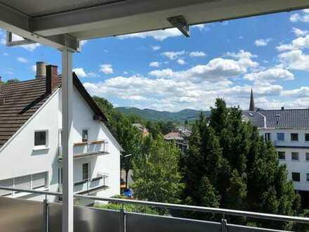 helle 4,5 Zimmer-Wohnung in Bad Godesbeg (Schweinheim)