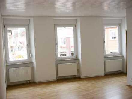 Vollständig renovierte 3-Zimmer-Wohnung mit Balkon in Kirchheimbolanden