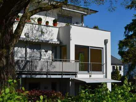Exklusive Wohnung mit Balkon in St. Augustin Hangelar