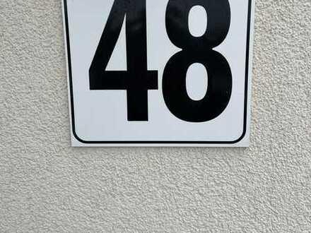 helle 3- Zimmer Erdgeschoß-Wohnung sucht Nachmieter