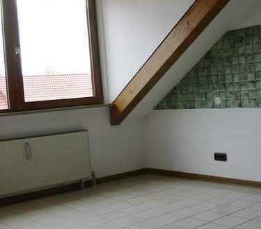 1-Zimmer Wohnung mit gemütlicher Mansarde