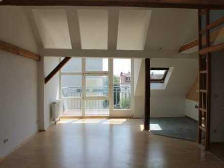 gemütliche 2-Raum-Whg im DG*offene Küche*Balkon