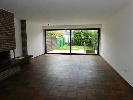 Duisburg Baerl - großes Reihenmittelhaus - offener Kamin - top Lage