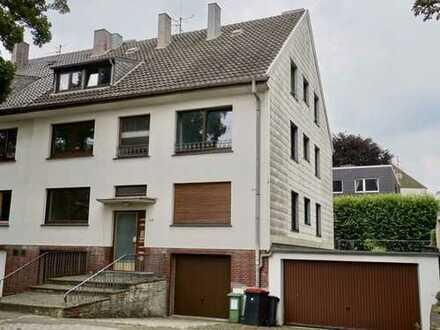 Aachen-Hörn: Grundsolides 6-FH mit 6 Garagenplätzen und schönem Garten in SW-Ausrichtung