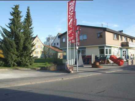Frittlingen / Kreis TUT : Freistehendes Wohn- und Geschäftshaus mit Tiefgarage + gr. Parkplatz