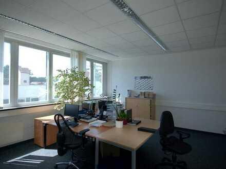 ca. 650m² Büroflächen in Aichwald -teilbar