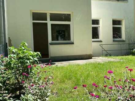 Großzügige, helle 2-Zimmer Wohnung (EG) mit Garten in Hannover, Zoo