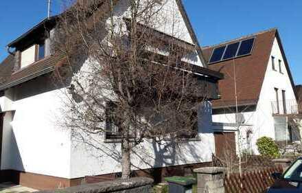 Schönes 2-Familienhaus mit neun Zimmern in Karlsruhe, Durlach