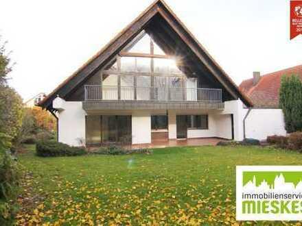 CHARMANT!!! Renoviertes Einfamilienhaus mit herrlichem Grundstück