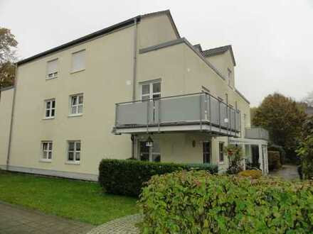 Hübsche Single-Wohnung mit Dachterrasse und Tiefgaragen-Stellplatz sucht neuen Eigentümer !