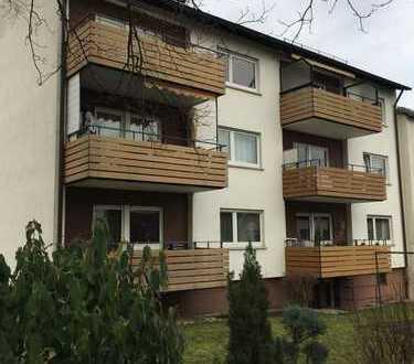 Schön geschnittene 3-Zimmer Wohnung mit 2 Balkonen