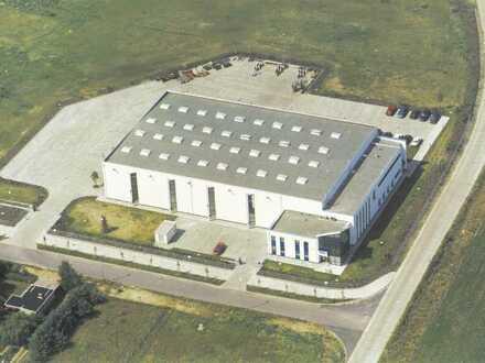 Produktionshalle, 26.000 qm Grundstück, Lagerhalle, Bürogebäude, Freiflächen, gesichert.
