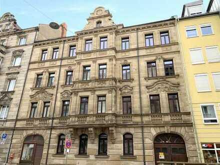 Attraktives Mehrfamilienhaus mit Entwicklungspotential in Fürth
